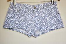 [MINKPINK] Women's Blue / White Floral Patterned Short Denim Shorts - Size 10