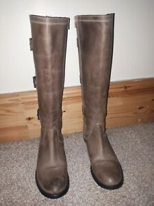 Onfire ladies Boots Brown High nee Size 7 in excellent condition
