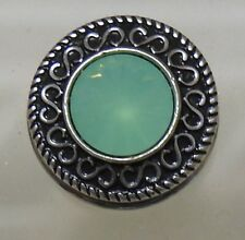 Celtic pattern 6 with Clear Turquoise centre stone Noosa Style Snap Button