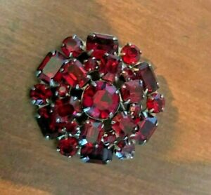 Vintage WEISS designer signed Ruby Red Rhinestone Brooch/Pin