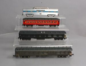 HO Scale Assorted Passenger Cars [4]