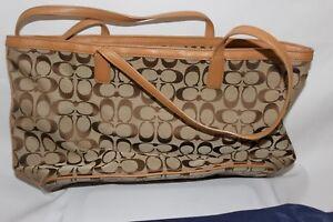 Coach E1321-23465 Hand bag two tone beige
