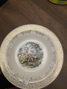 Sebring Pottery Chantilly 1T-S284 22k Gold Trim 7 Inch Plate