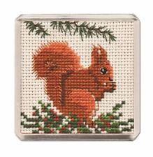 Red Squirrel Fridge Magnet Cross Stitch Kit (Textile Heritage)