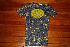 Boy's Under Armour Pixeled HeatGear Compression Shirt (Youth Medium)