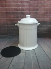 1 gallon white ceramic countertop compost keeper for indoor/outdoor use