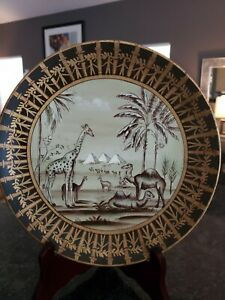 "Raymond Waites Toyo Hand-Painted Pyramids Camels Palms 10"" Decorator Plate"