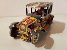 Tin Toy 1930's Marx-USA mechanical GRADUATE CAR nice missing spare back wheel.