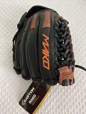 NWT Easton Mako. 11.5 inch baseball glove.