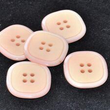 Mercerie lot de 5 Boutons plastique carrés rose pâle 25mm button
