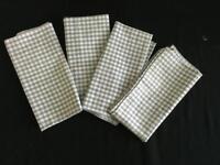 """LOT 4 napkins 16"""" square white green checkered checked"""
