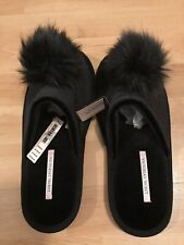 Victoria Secret Black Pom Pom Slippers M 7-8 Style # 386859