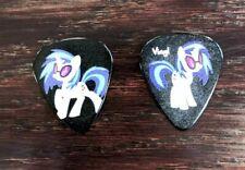 VINYL SCRATCH DJ pon 3 guitar pick - My little pony - jewlery - necklace