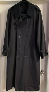 Burberry London Coat With Inner lining Zipped Up & Belt, Size 42 Long, Black.