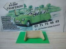 Solido 1/17 pièces  VW Cox cabriolet capote beige repliée (ouverte)