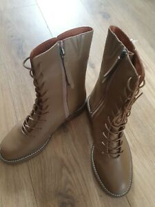 M&S Ladies Beige Leather Boots Uk Size 6.5 Standard Fit