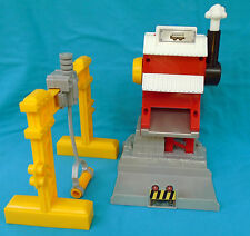 GeoTrax Pipe Works Building, Gantry Crane & Pipe from Tracktown Railway B1836