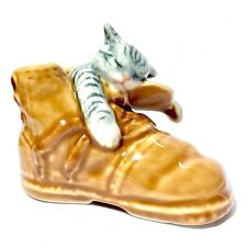 MINIATURE SLEEPING CAT IN BOOT STATUE CERAMIC ANIMAL FIGURINE COLLECTIBLES DECOR