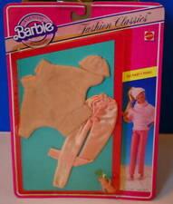 M 1982 BARBIE FASHION CLASSICS Ski Party Pink NRFB Superstar era Pink n Pretty