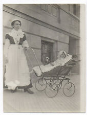PHOTO ANCIENNE Bébé Nourrice Coiffe Métier Vers 1900 Costume Poussette Landau