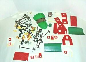 PLASTICVILLE O AND S GAUGES FIGURES,TELEPHONE POLES AND MORE FOR TRAIN LAYOUT