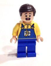 LEGO Batman DC Super Heroes BANANA TRUCK DRIVER Mini-figure Authentic 76026