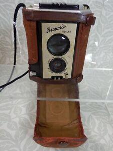 Vintage KODAK BROWNIE REFLEX Box Camera Made in England - UNTESTED