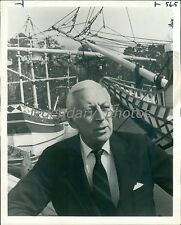 1974 TV Host Alistair Cooke Near Boats Original News Service Photo