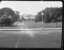 SOLDIER WITH RIFLE ON SHOULDER WALKING PAST WHITE HOUSE FENCE 1940's NEGATIVE