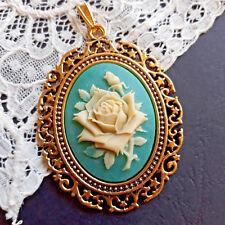 Shabby Colgante Color Oro Antiguo con Camee Gemme Rosa Azul Aqua Crema Traje