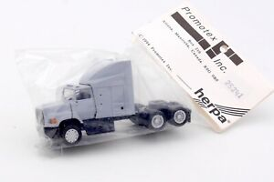 HERPA PROMOTEX HO 1/87 - CAMION US TRACTEUR FORD AEROMAX GRIS #25241