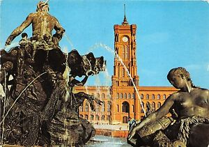 B74416 Berlin neptunbrunnen und totes rathaus germany