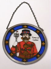HAND PAINTED GLASS ROUNDEL 'YEOMAN WARDER' (BEEFEATER) SUNCATCHER