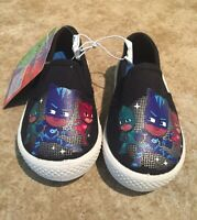 PJ Masks Canvas Shoes Youth Child Size 5 Sneakers Slip On