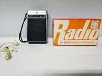 Vintage General Electric GE P2790 WHITE+BROWN CHROME AM TRANSISTOR RADIO