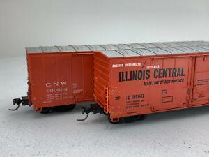 2X HO Scale CNW & Illinois Central Modern Box Cars IC115