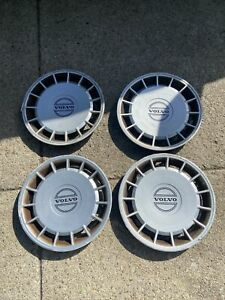 volvo 240 hubcap Set 245 1988 - 92