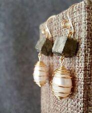 (1 pair available) HANDMADE! Genuine Pearl Earrings 20032
