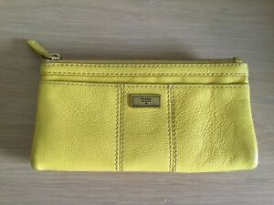 FOSSIL 100% Leather Yellow Purse Wallet
