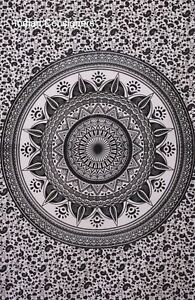 Antiqe Style White Colour Flower Mandala Partten Small Cotton Tapestry Poster