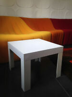 Table basse blanche  Vintage FLAIR  / PRISUNIC  An 70's