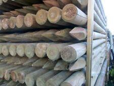Pali in legno per recinzione con punta in pino impregnati in autoclave steccati