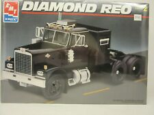 Amt/Ertl #8137, Diamond Reo Tractor, Truck, 1:25 Scale