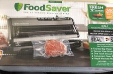 NEW FoodSaver FM5200 5200 Series Vacuum Sealing System Sealer and Starter Kit