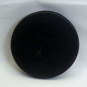 Slip on Front Plastic Lens Cap Cover 57mm Made in Germany for 55mm rim