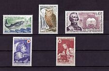 LOT DE TIMBRES N° 1693/1694/1699/1700/1701  NEUF**