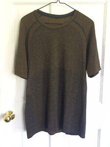 Lululemon Brown True Navy Ombre Metal Vent Tech 2.0 Short Sleeve Shirt L Mens