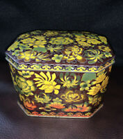 VINTAGE Daher Floral Leaves Round Tin Trinket Box Container Hinged England
