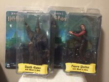 ACTION FIGURE TOYS HARRY POTTER & DEATH EATER. NIB NECA (F)