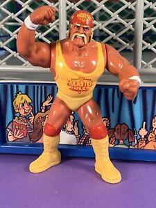 WWF Hasbro Series 3 Hulk Hogan Near Mint!! Action Works!!